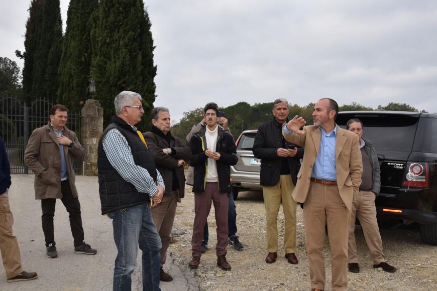 a destra il direttore Leonardo Raspini