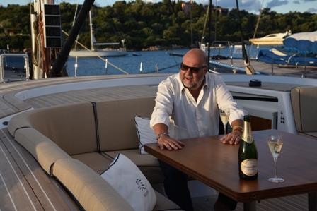 Leo-Damiani-sulla-barca-Solleone-di-Leonardo-Ferragamo
